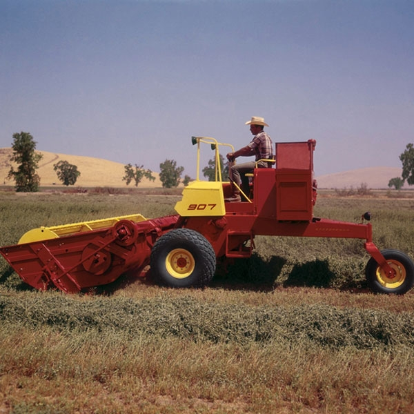 900-speedrower-new-holland-agriculture-history-1963