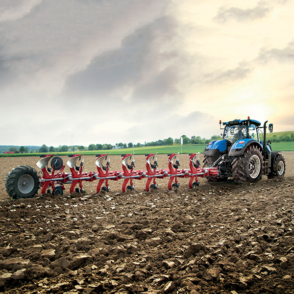 first-tractor-tier-4a-new-holland-agriculture-history-2010