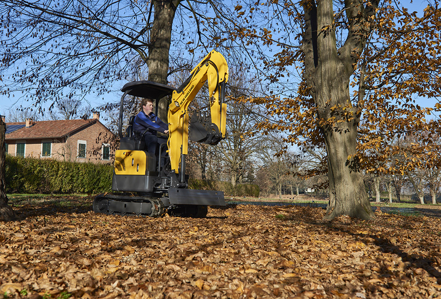 mini-crwaler-excavators-gallery-01.jpg