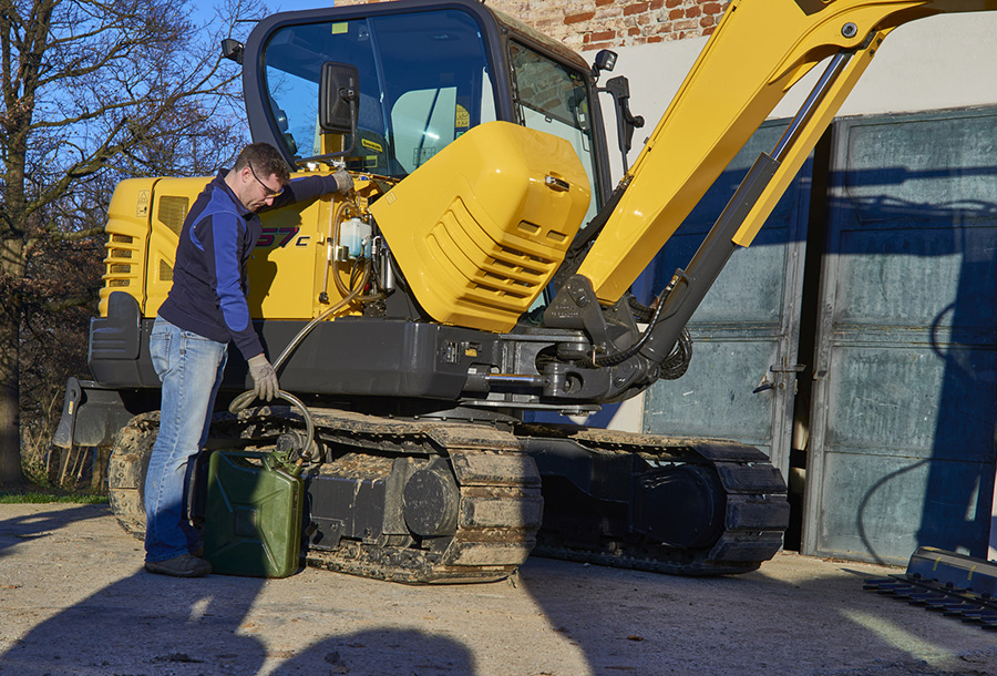 mini-crwaler-excavators-gallery-04.jpg